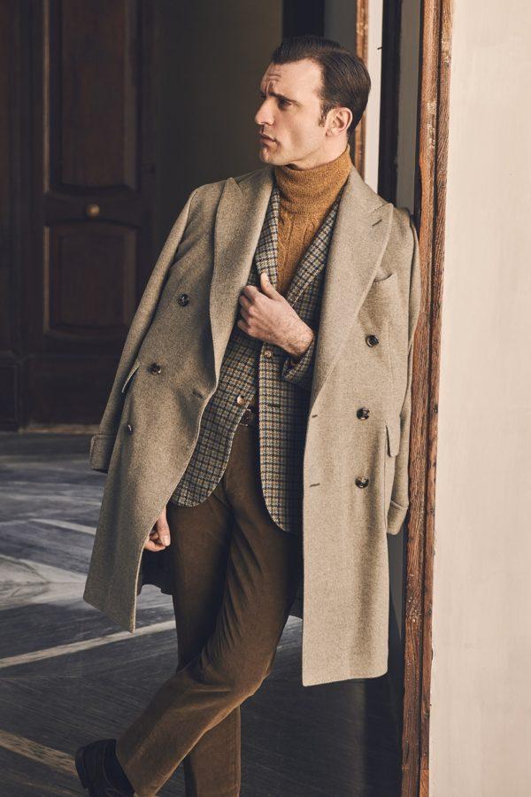 Stile Latino double breasted cashmere coat