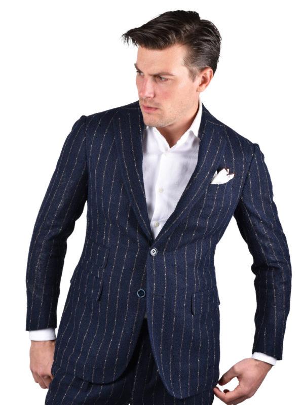 Stile Latino linen suit sale